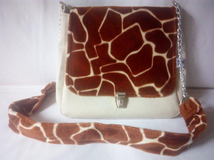 NOVA dizajnerska torba