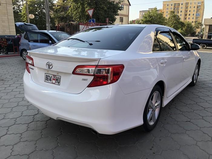 Toyota Camry 2012. Photo 5