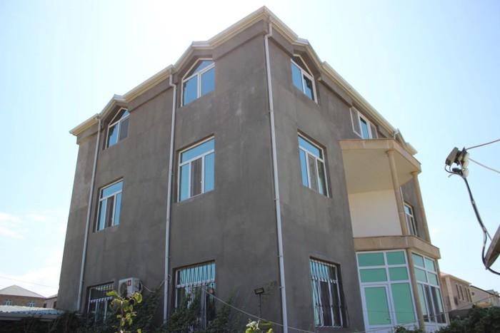 Satış Evlər mülkiyyətçidən: 146 kv. m., 5 otaqlı. Photo 0