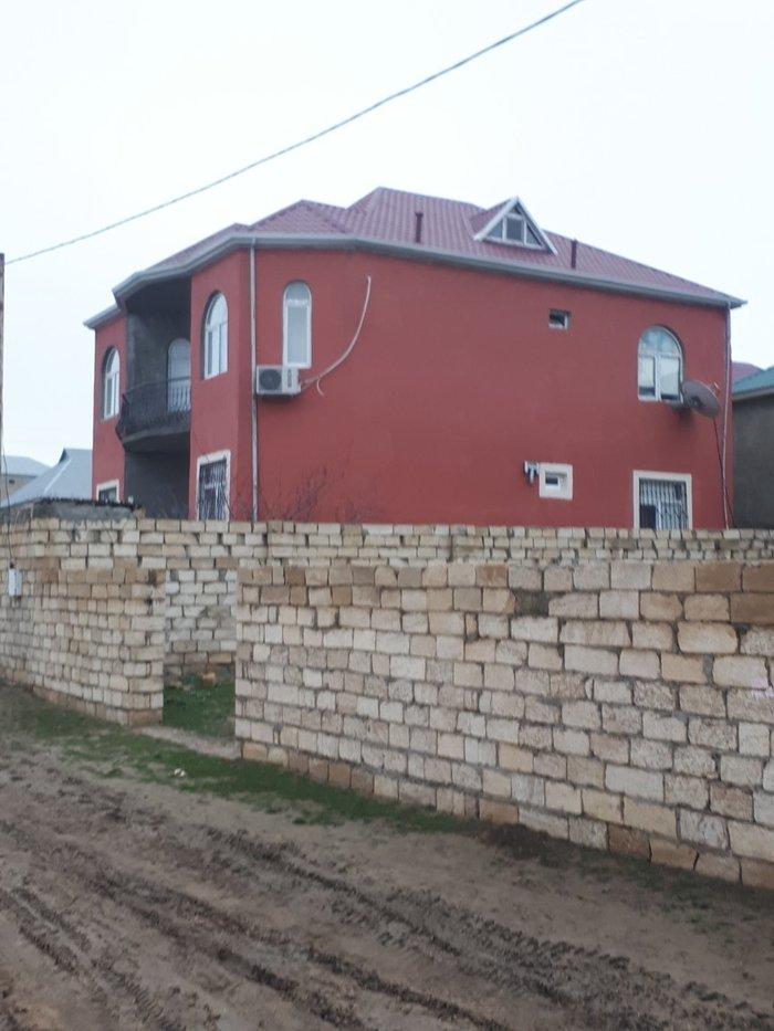 Sulutəpədə 4 sotun içindən 2 mərtəbə və mansarı olan villa. Photo 5
