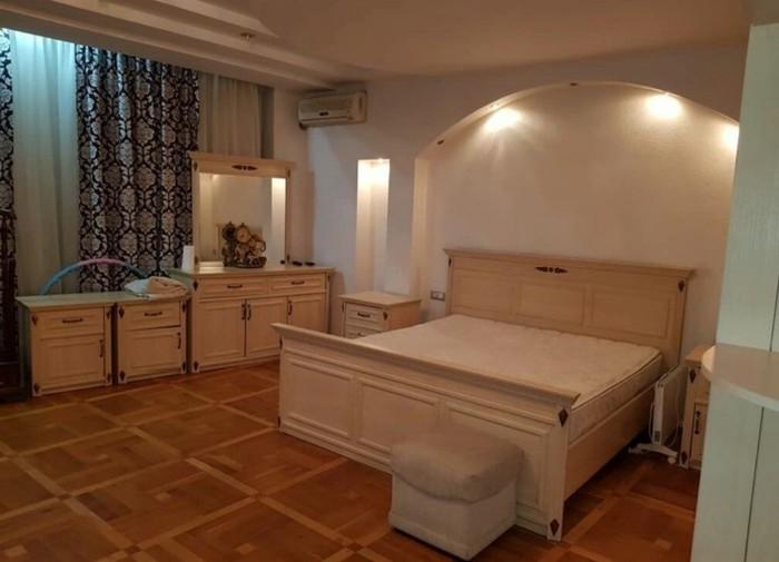 Сдается квартира: 6 комнат, 300 кв. м., Бишкек. Photo 3