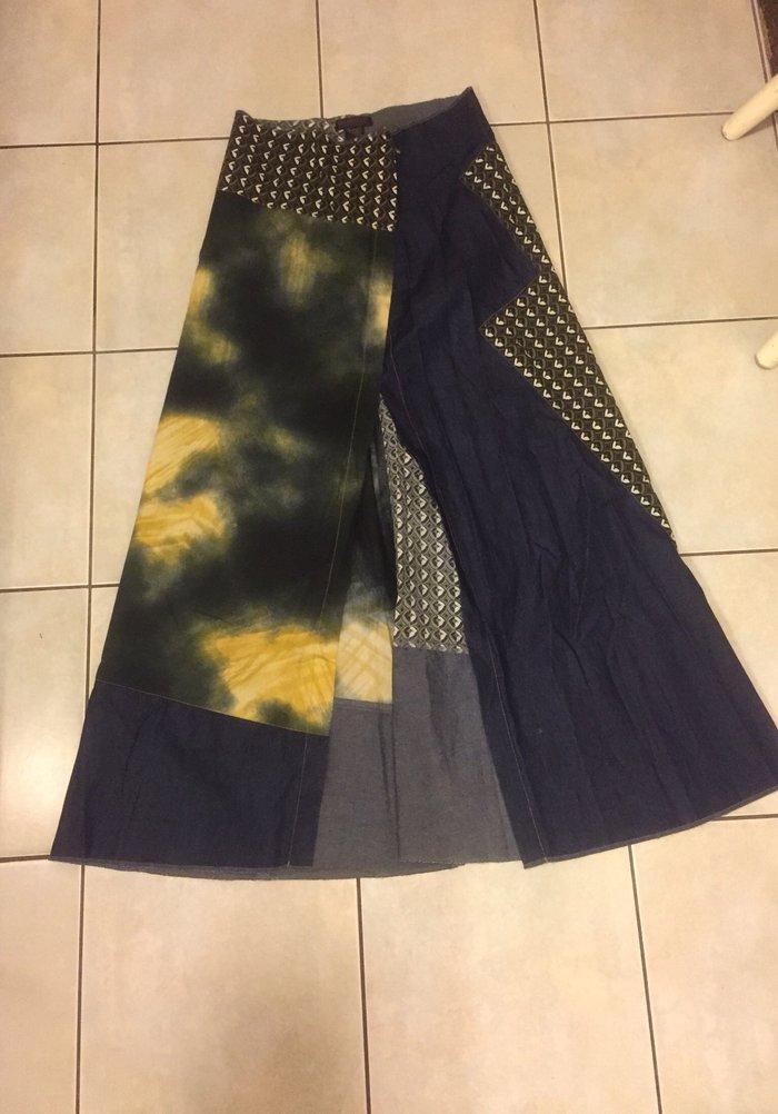 Μακρύα boho φούστα με μεγάλο σκίσιμο μπροστά