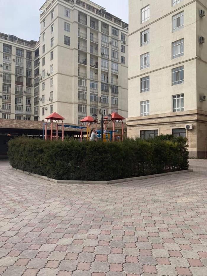 Продается квартира: 3 комнаты, 90 кв. м., Бишкек. Photo 3