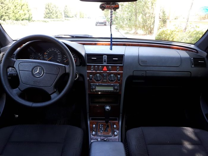 Mercedes-Benz 200 1999. Photo 6