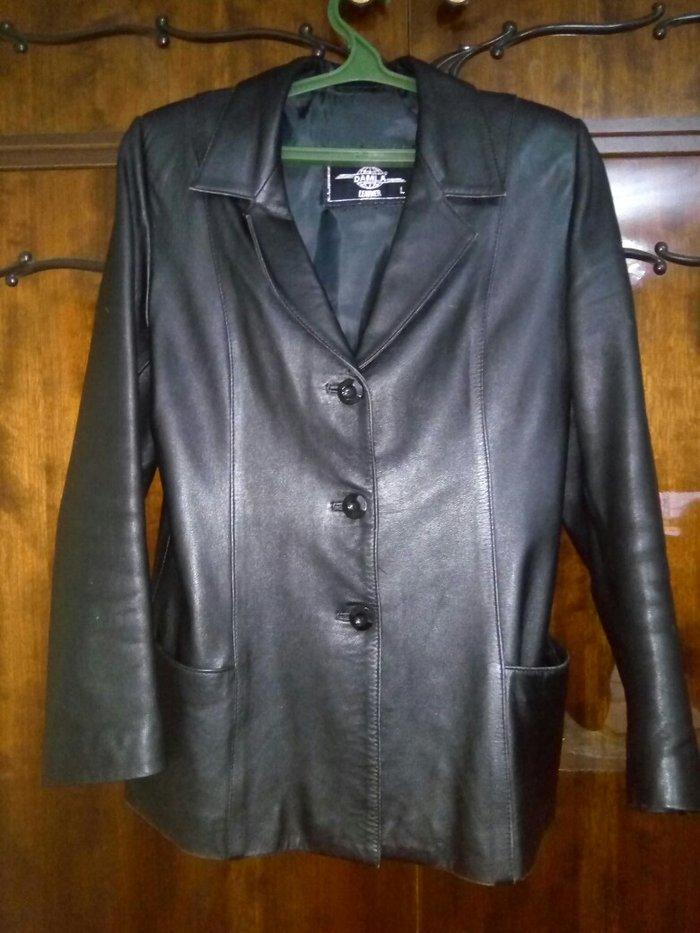 48419e549c4 Продаю натуральную кожаную куртку с двумя карманами. Производство ...
