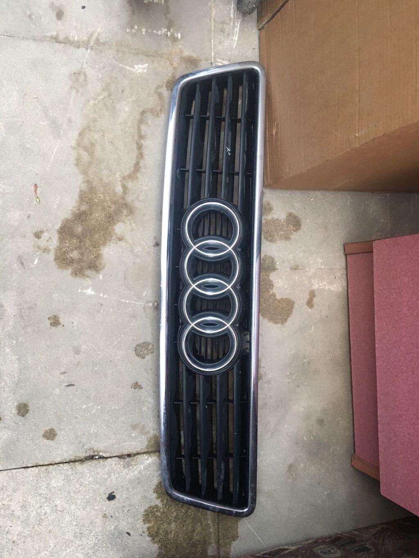 Ehtiyat hissələri - Bakı: Audi abirsovka ideal veziyyetde