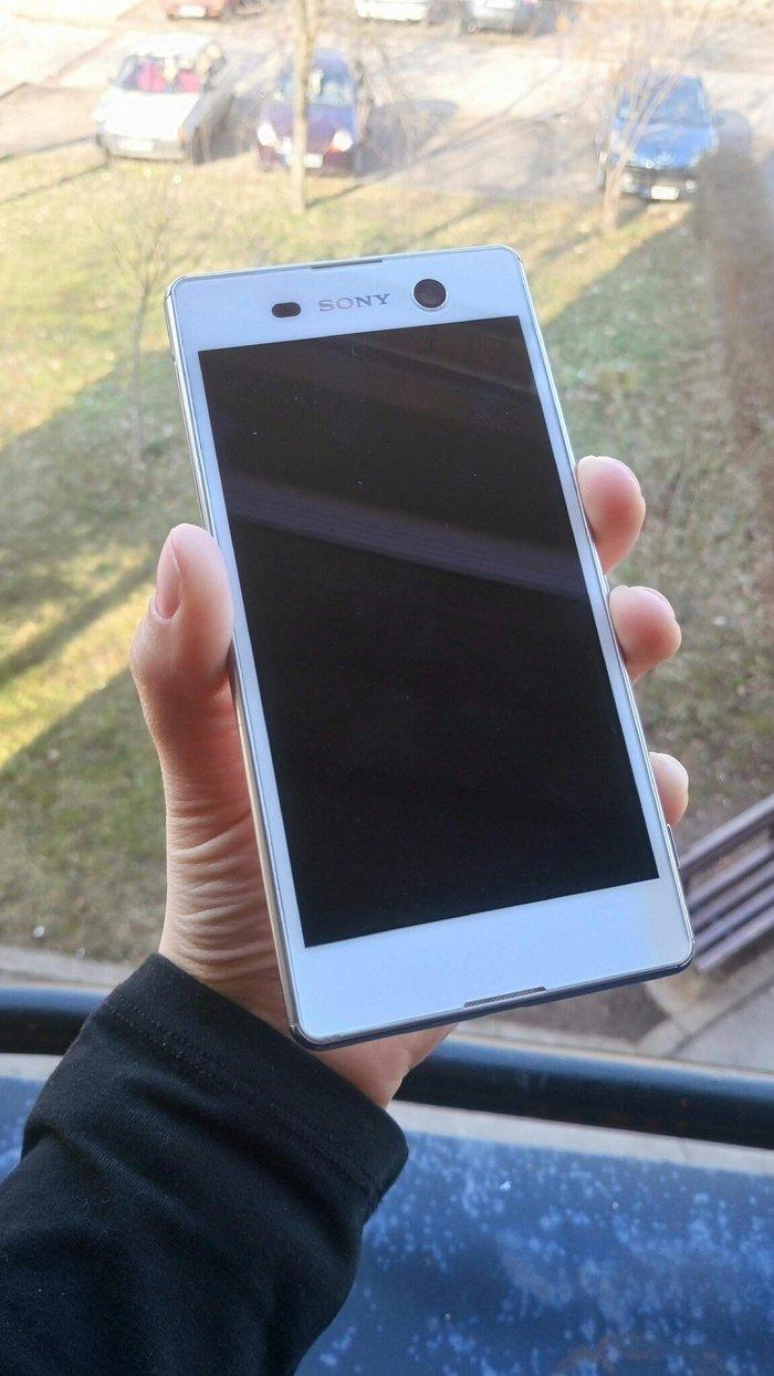 Sony Xperia M5 Aqua Telefon je u perfektnom stanju , znaci bez OGREBOT - Beograd