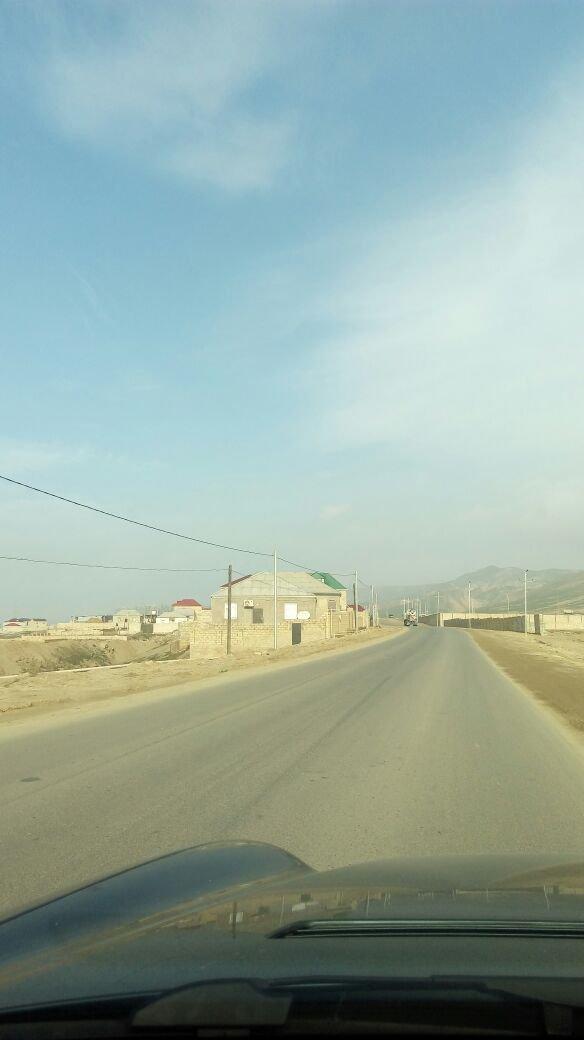 Bakı şəhərində Qobuda yeni tikilen sosial evlere ve lokbatan yoluna yaxin 10 sot