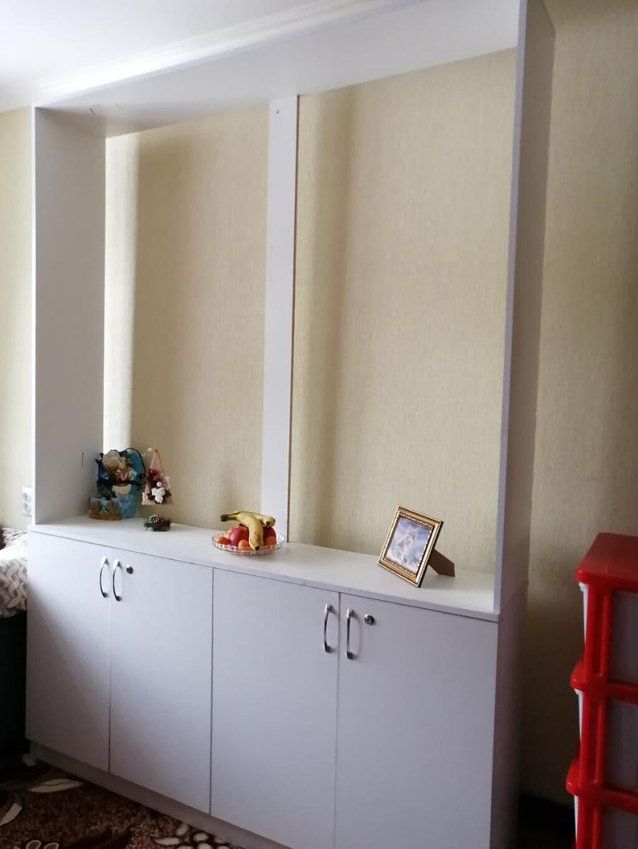 Продаётся шкаф белого цвета, ширина 160 см, высота 225 см