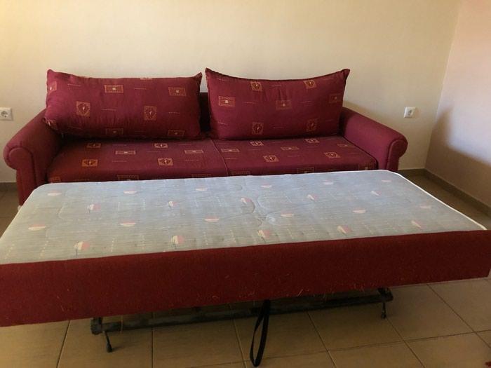 Καναπες κρεβάτι λίγο φθαρμενο στην. Photo 0