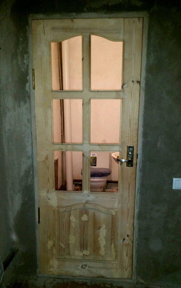 Продаю двери, дерево,  массив размер высота 1м 92см, ширина 72см , у 2 в Бишкек