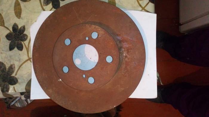 Тормозной диск на тойота---750сом. Photo 0