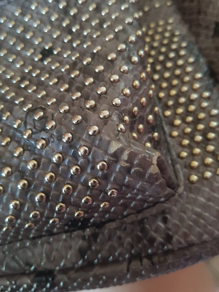 Τσάντα πλάτης με μικρά ελαττώματα που φαίνονται στις φωτογραφίες. Photo 2