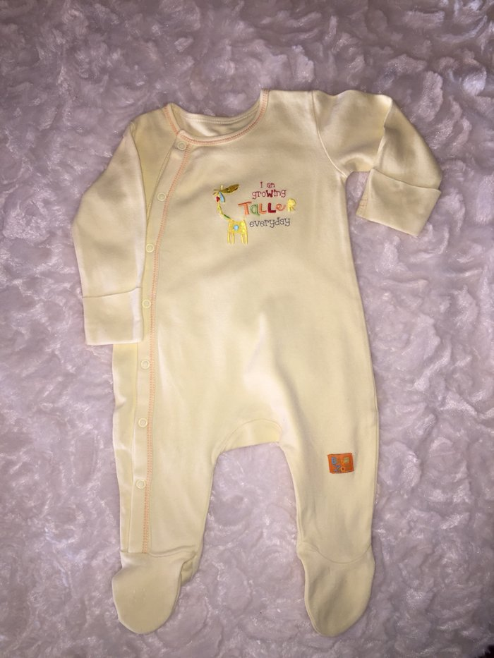 Babygrows. 0-3 months. Excellent condition. 6 euros.. Photo 2