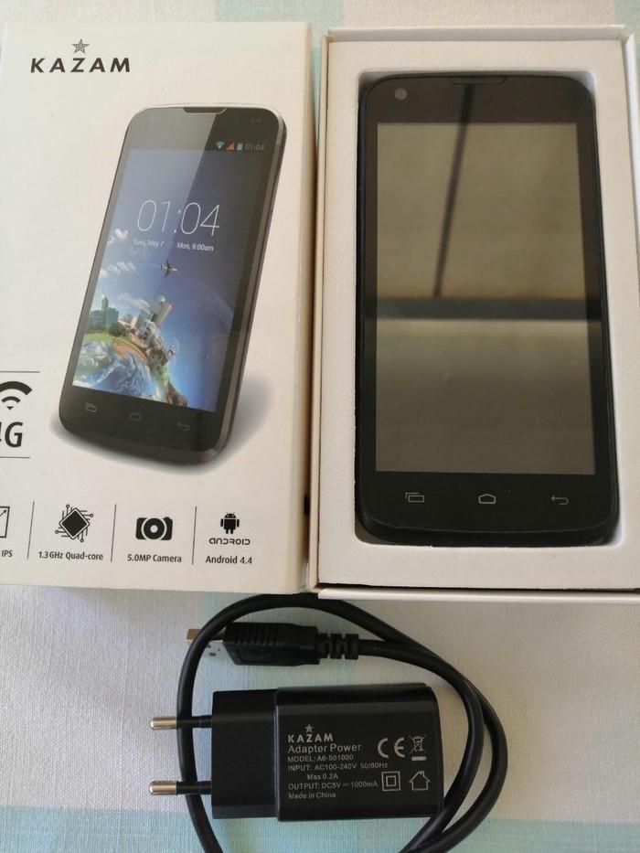 Πλήρως λειτουργικό Android smartphone(Kazam Thunder 345L) με καινούργια μπαταρία(που δεν έχει χρησιμοποιηθεί) ,μαζί με τον γνήσιο φορτιστή του