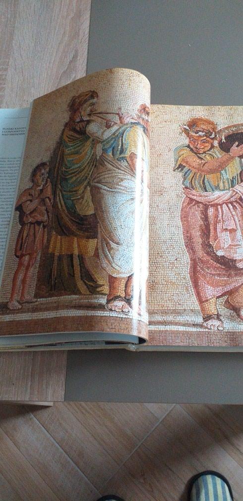 Rim- Istorija. Drevni Rim. 36×26cm.Tvrdo koricena. Nekoristeno.. Photo 2