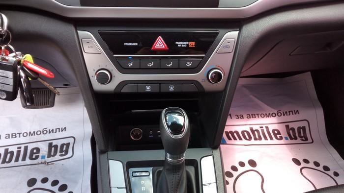 Hyundai Elantra 2016. Photo 6