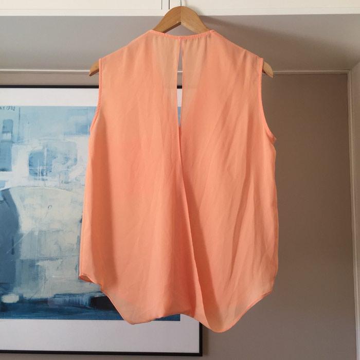 Suite Blanco αμάνικη πουκαμίσα με λαιμόκοψη. Photo 5