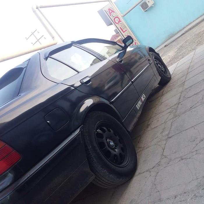 BMW 318 1995. Photo 2