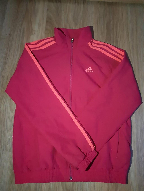Original Adidas duks tanji,može biti i šuškavac,veličina M