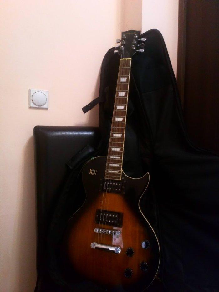 "Ел. Гитара. Ретко коришћена. Копија ""лес паул"". 130€ - Mladenovac"