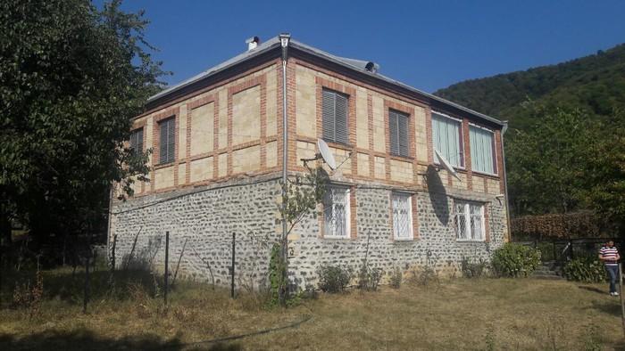 Satış Evlər sahibinin nümayəndəsindən (komissiyasız): 135 kv. m., 6 otaqlı. Photo 0