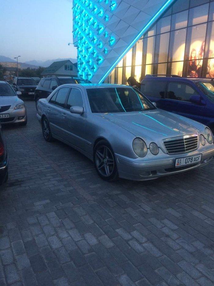 Мерседес е430 Авангард Mercedes  Е430  Чёрный кожа  Год 2000  Европеец в Бишкек