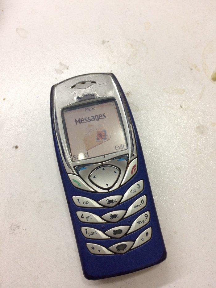 Bakı şəhərində Nokia 6100