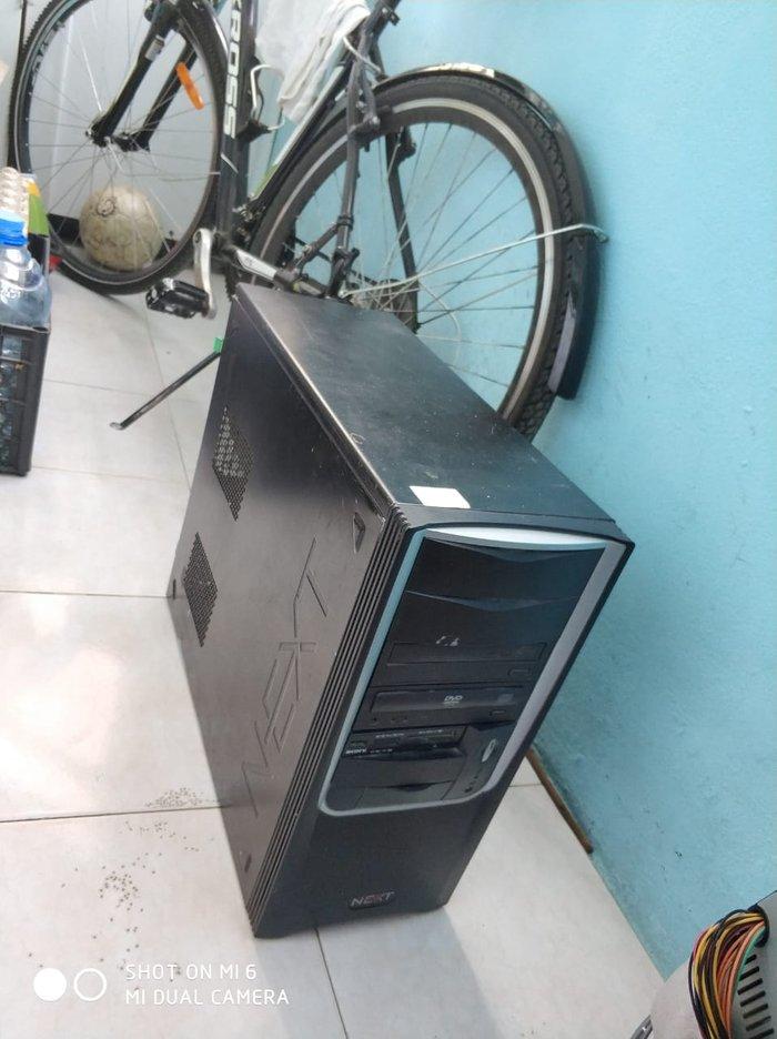 Bakı şəhərində Ilkin kompyuter biliklerinin oyrenilmesi ucun kompyuter