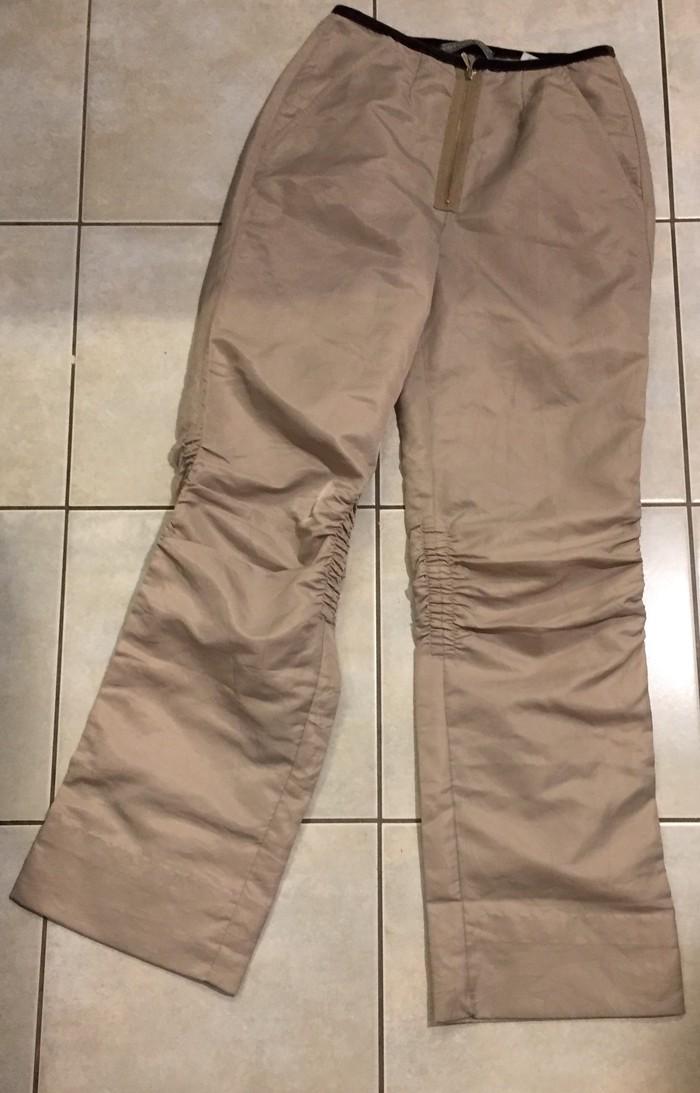 Παντελόνι από σατίν ύφασμα με σούρα στα γόνατα . Ολοκαινουργιο . Νο S . Photo 0