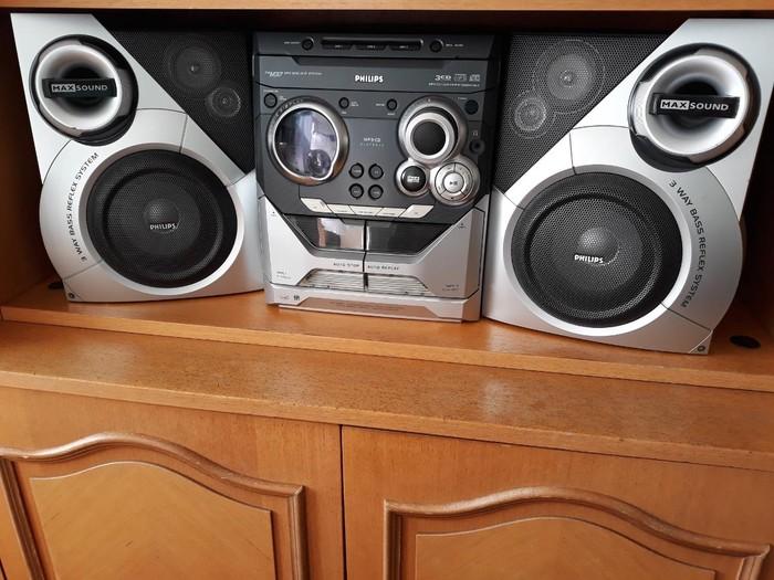 PHILIPS Mini linija zvucnici 2 x 50w, 3 Mp3 CD, 2 x tape
