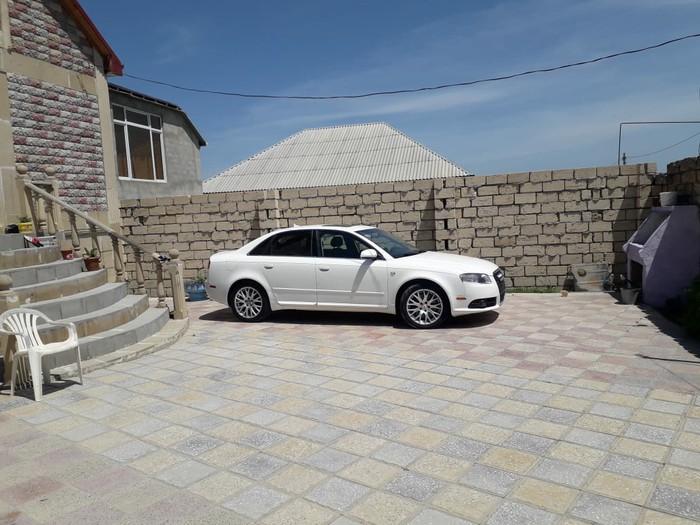 Audi A8 2008. Photo 1