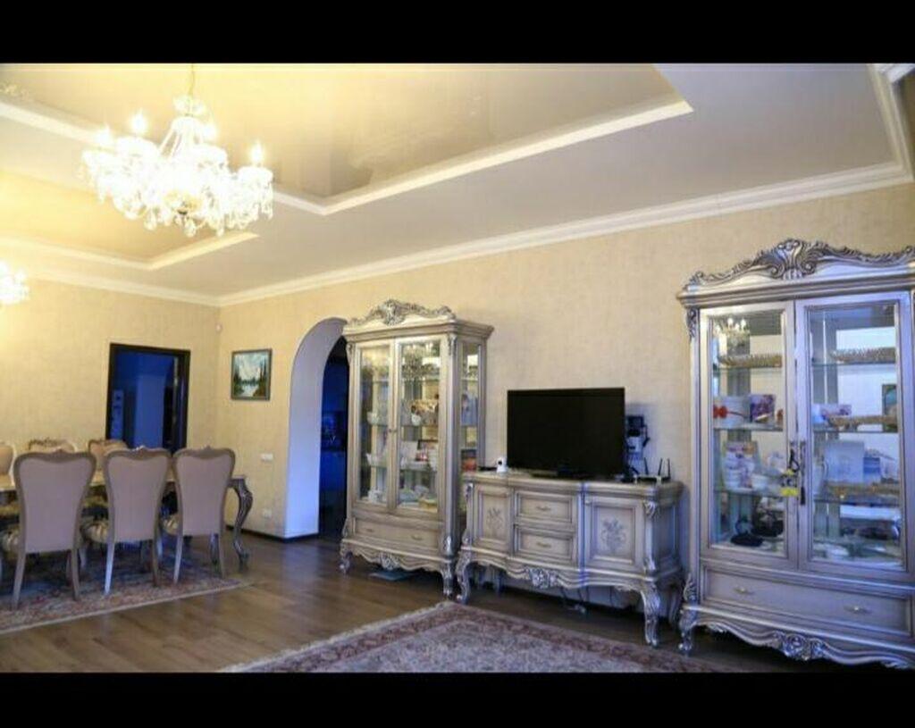Продам Дом 270 кв. м, 5 комнат: Продам Дом 270 кв. м, 5 комнат