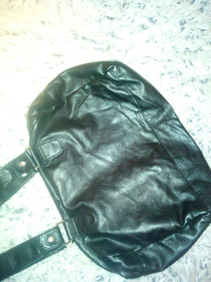 Zenska veca torba nova bez ikakvih mana ili ostecenja.. Photo 2