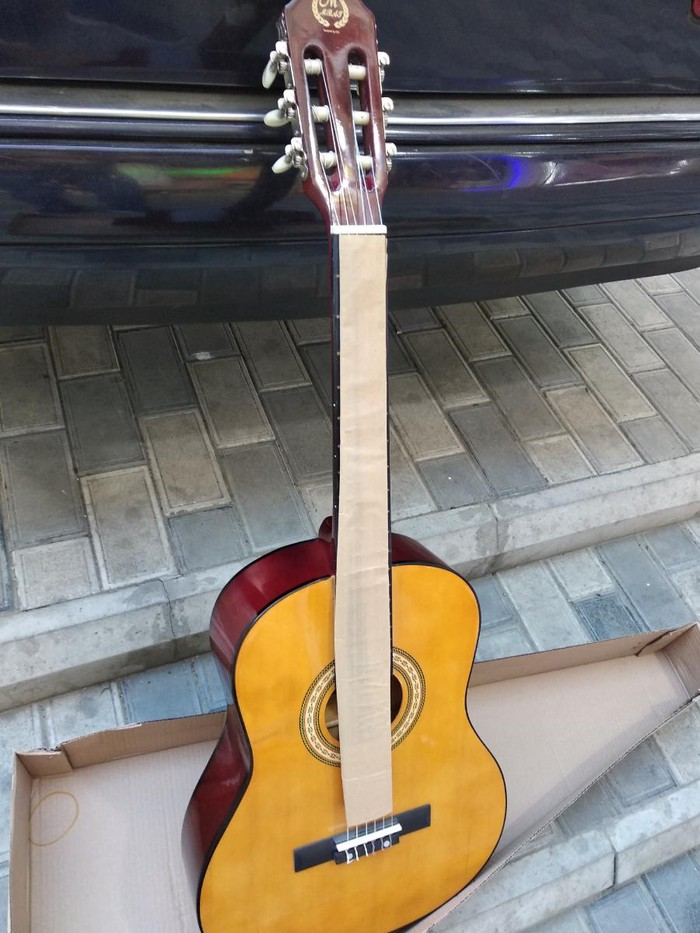 Gitara klassik. Photo 0