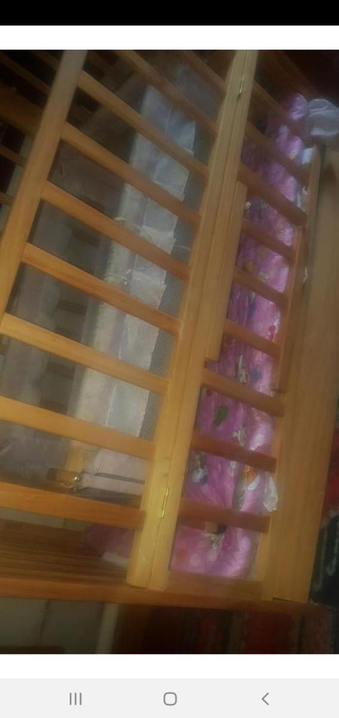 Кровать с галькой!состояние хорошее.матрас в подарок. Photo 1