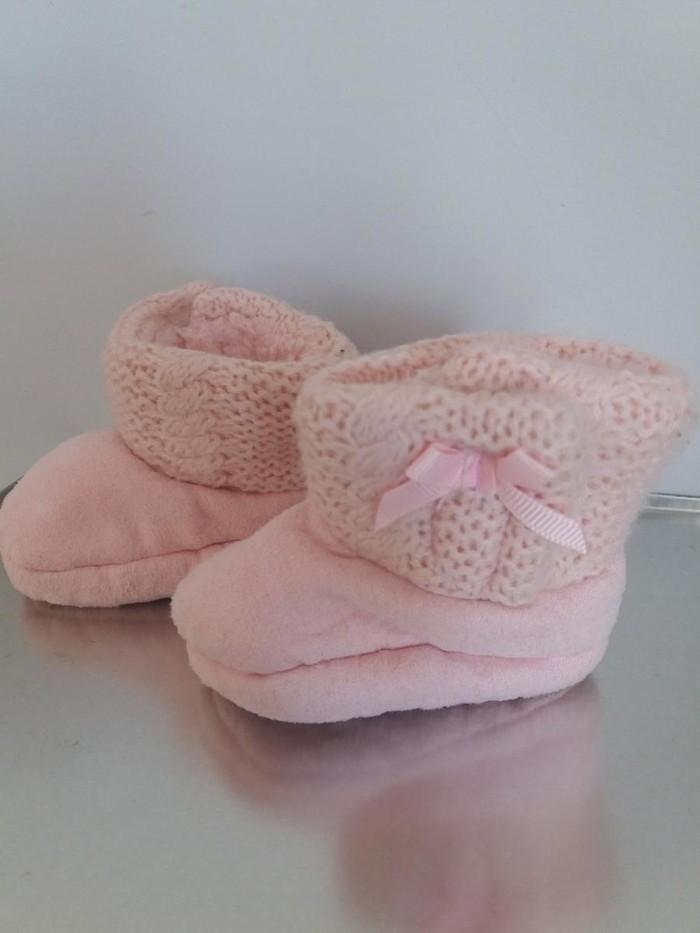 Βρεφικα παπουτσακια ροζ, απαλα και ζεστα