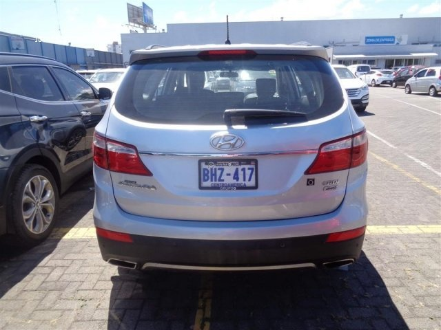 Hyundai Santa Fe 2015. Photo 2