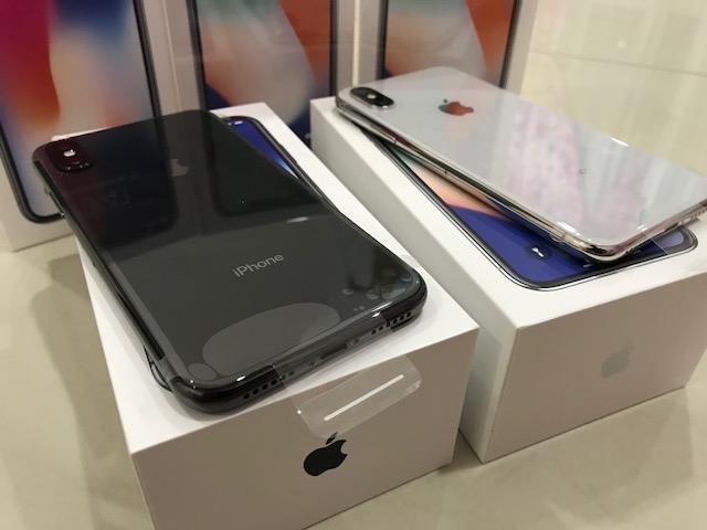 Ολοκαίνουργιο i τηλέφωνο σε προσιτή τιμή και να πάρετε ένα ρολόι μήλο. Photo 0