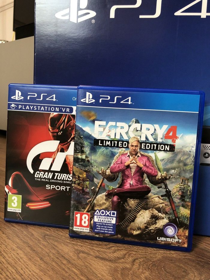 Sony PlayStation 4 Pro 1TB 4K Game Console. Photo 1