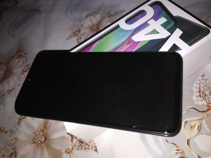 Б/у Samsung A40 64 ГБ . Photo 2