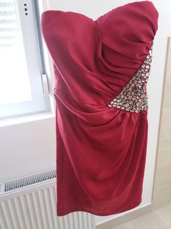 Svecana satenska pink haljina M velicina