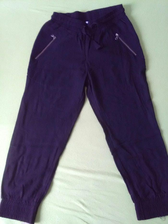 Lindex pantalone od viskoze,pamuk,lagane,kao nove!vel.122/128 - Crvenka