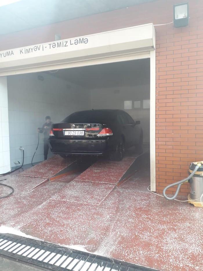 BMW 745 2002. Photo 7