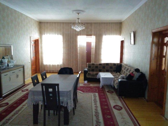 Mənzil satılır: 4 otaqlı, 35 kv. m., Gəncə. Photo 0