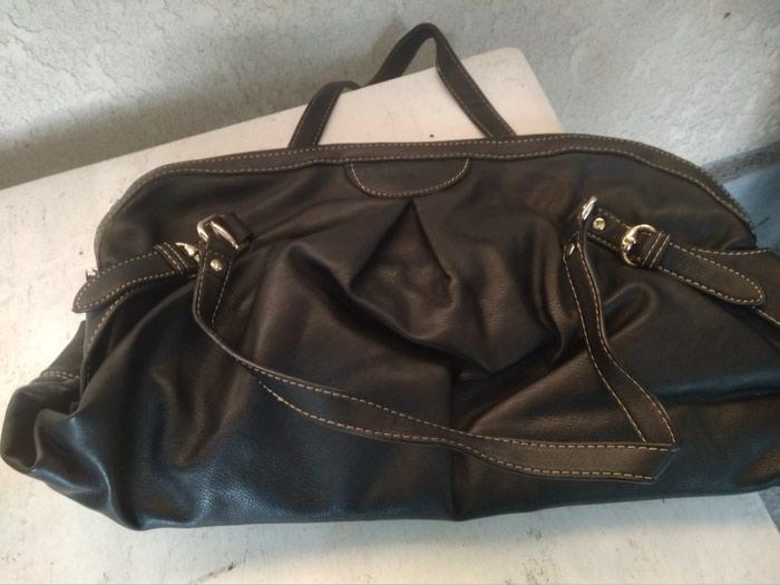 49180aeab4c6 Женские сумки недорого б/у по 250 сом и выше состояние хорошее в Бишкек