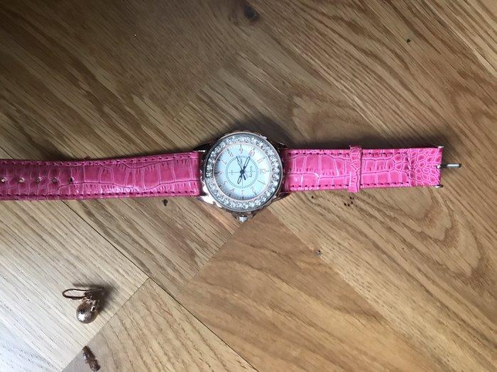 Часы стильные'!!!. Photo 1