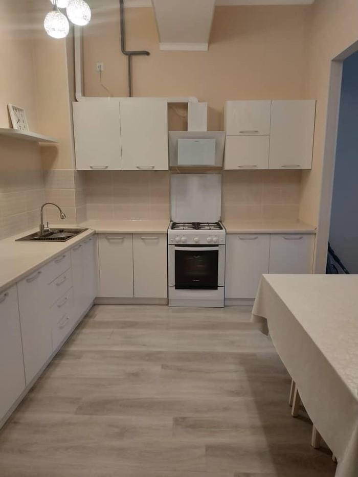Продается квартира: 2 комнаты, 68 кв. м., Бишкек. Photo 5
