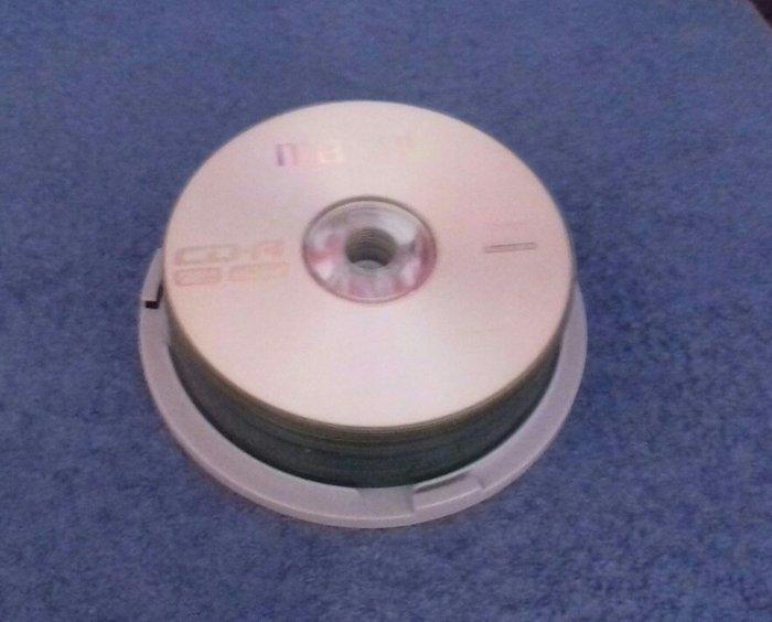 24 CD αντιγραφής και 20 θήκες ○○ Έξοδα. Photo 1
