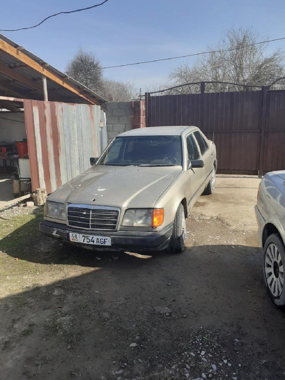 Mercedes-Benz 300 Series 1989